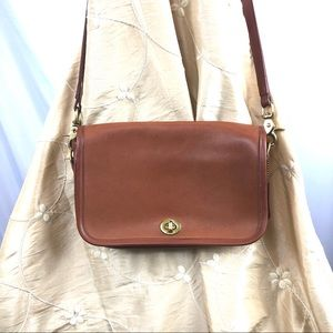 Vintage Coach Turnlock Crossbody Tan Leather Bag